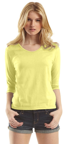 Ladies Scoop Neck Shirt 3/4 Sleeve.