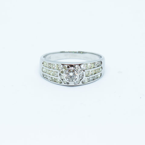 0.15 Carat Daisy Round Cut Shaped Diamond on White Gold Casing (389)