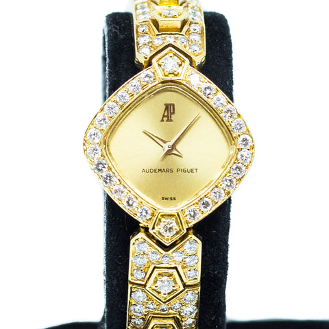 Preowned Audemars Piguet Vintage Ladies in 18k Yellow Gold and Diamonds