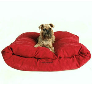 Miyow & Barkley Snuggle Pod Cat and Dog Bed - Microsuede - Toffee Apple Red