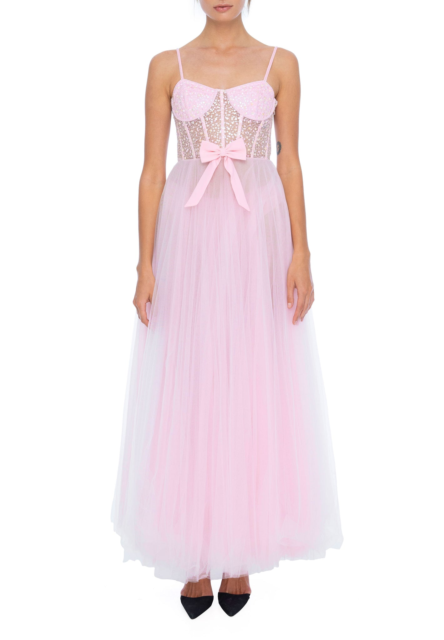https://cdn.shopify.com/s/files/1/1129/2532/files/Nephele_Gown_in_Pink_-_Dyspnea.mp4?2886