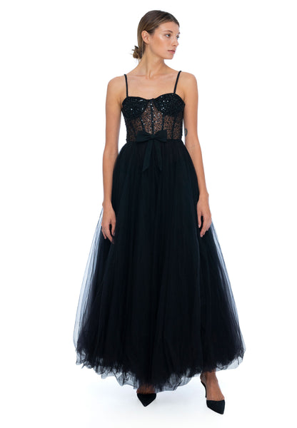 products/Nephele-Gown-Black-Dyspnea-4.jpg