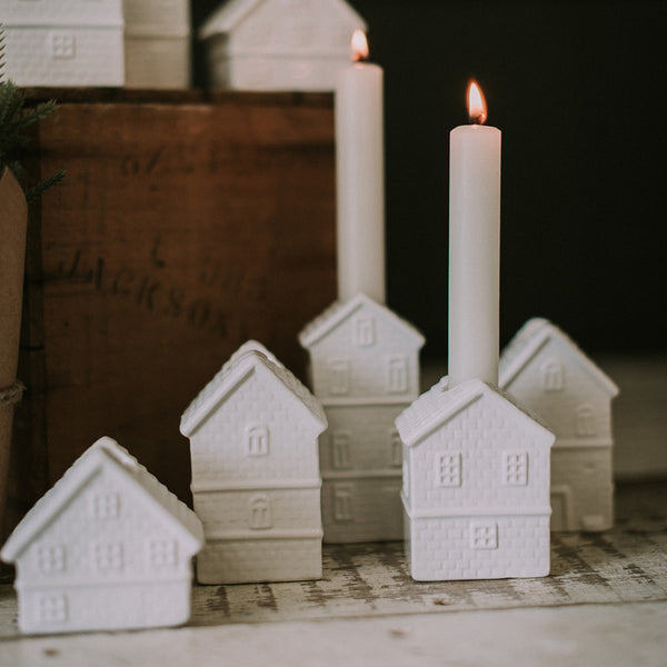 Holiday Home Candle Holder Set