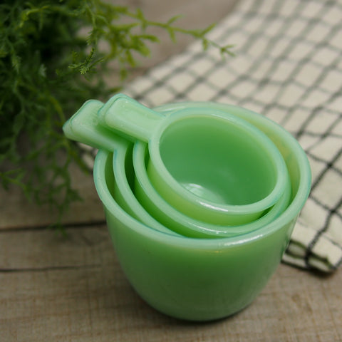 Set of 4 Jadeite Measuring Cups