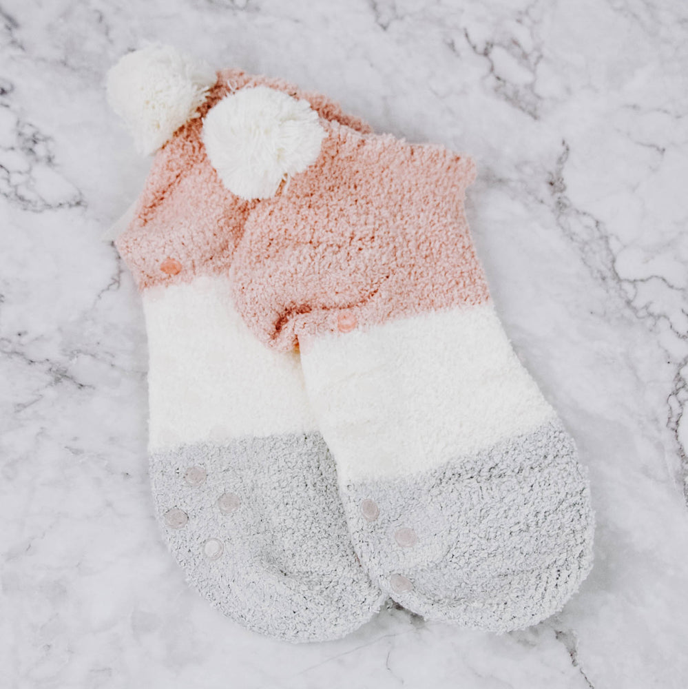 Short Slipper Socks With Pom Pom