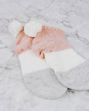 Load image into Gallery viewer, Short Slipper Socks With Pom Pom