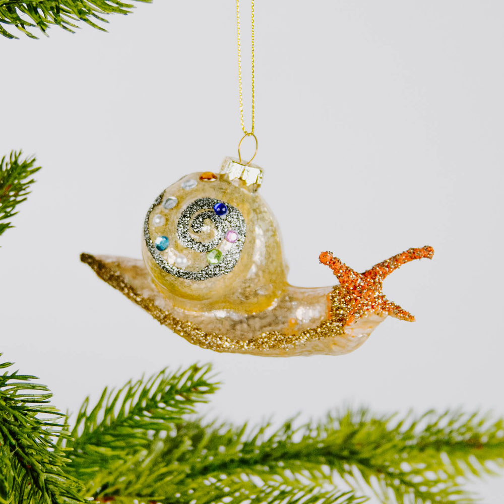Load image into Gallery viewer, Fancy Snail Ornament