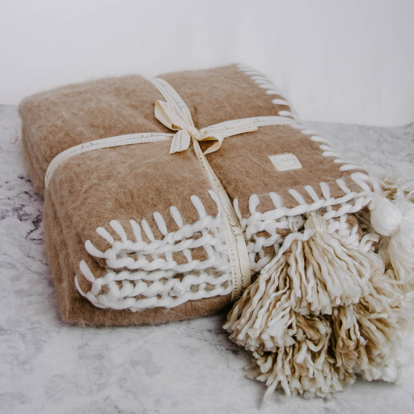 Plush Tassel Throw Blanket