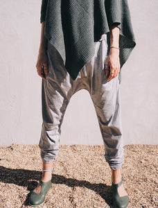Big buttons and tabs pants