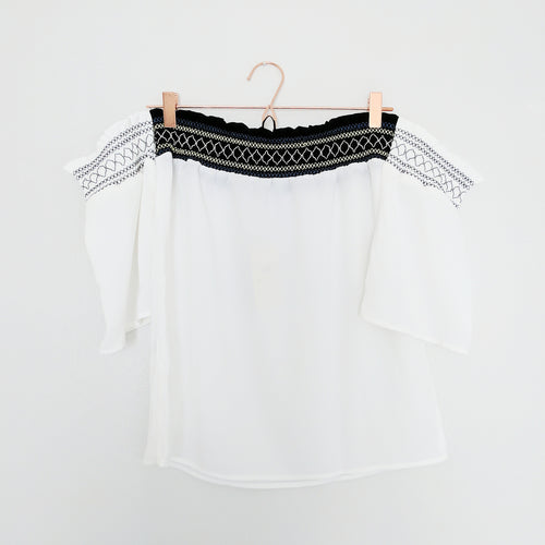 'Amara' Off-Shoulder Blouse