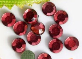 2mm (SS06) SIAM (RUBY) HOT FIX RHINESTONES