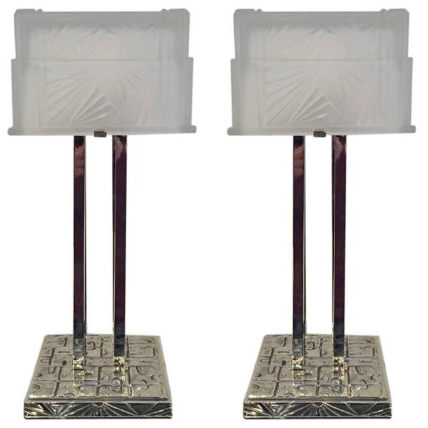 air of French Art Deco geometric table lamps