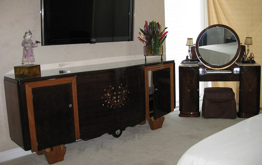 Buffet in bedroom