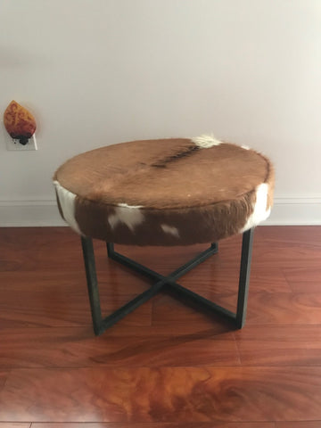 Circular Upholstered Cowhide Bench