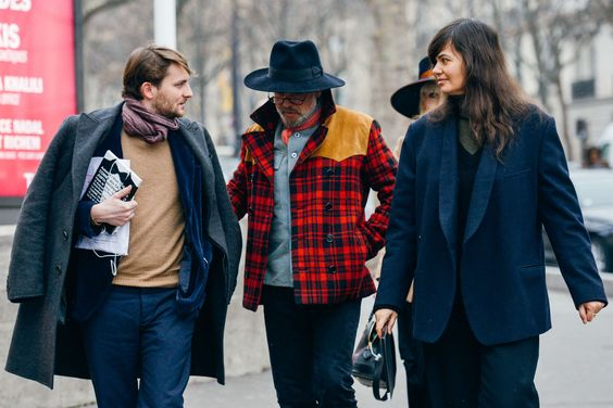 Street style scarf with Robert Rabensteiner and Anastasia Barbieri from Vogue by TommyTon | Les Belles Heures