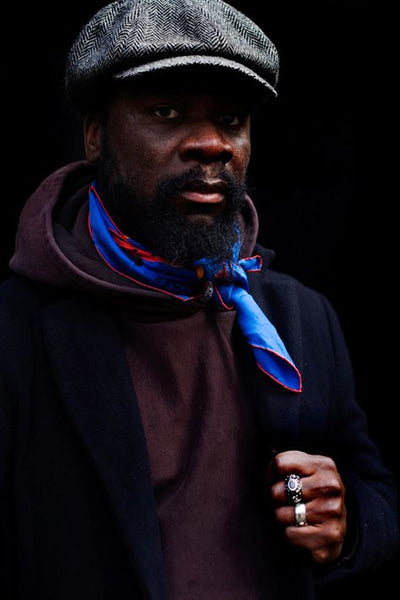 Street style scarf by The Sartorialist | Les Belles Heures