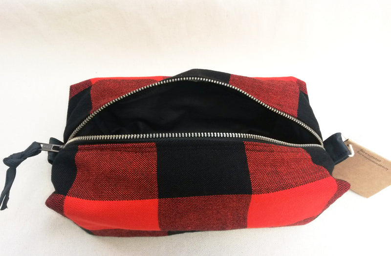 Maasai Travel Case - Kenyan materials and design for a fair trade boutique