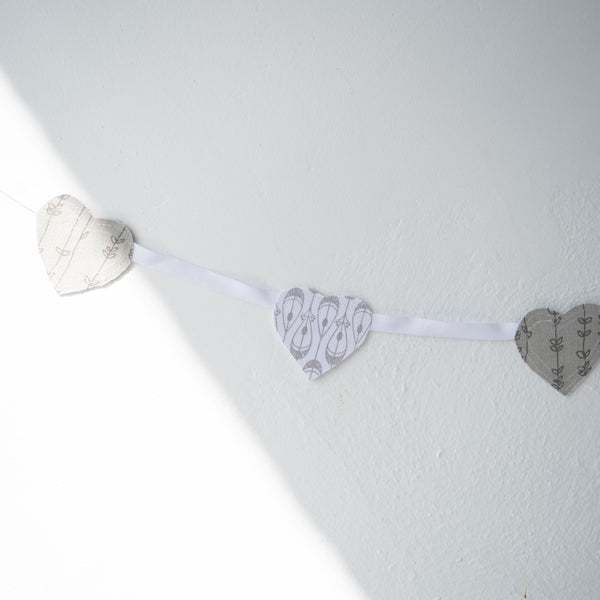 Tender Hearts Garland