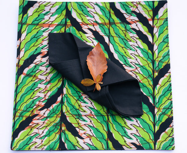 Kitenge Placemat Set/4 with napkins - Kenyan materials and design for a fair trade boutique