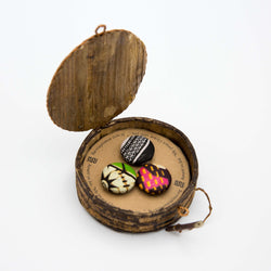 Button Magnet Set - Kenyan materials and design for a fair trade boutique