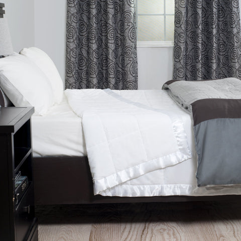 Windsor Home White Down Alternative Blanket