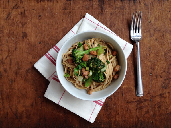 Hot Curry Peanut Lo Mein with Broccoli Florets