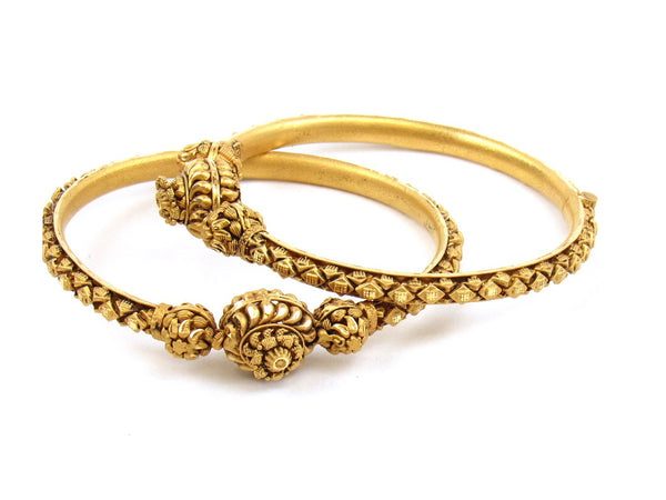 47.58g 22Kt Gold Antique Bangle Set - 1177
