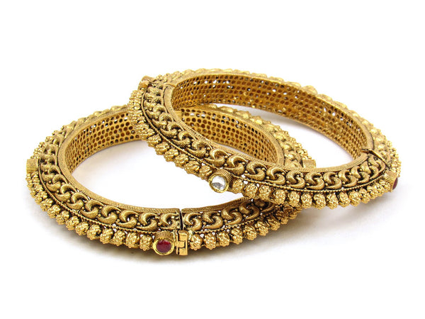 81.28g 22Kt Gold Antique Bangle Set - 1182