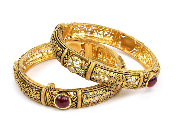 56.14g 22Kt Gold Antique Bangle Set - 1188