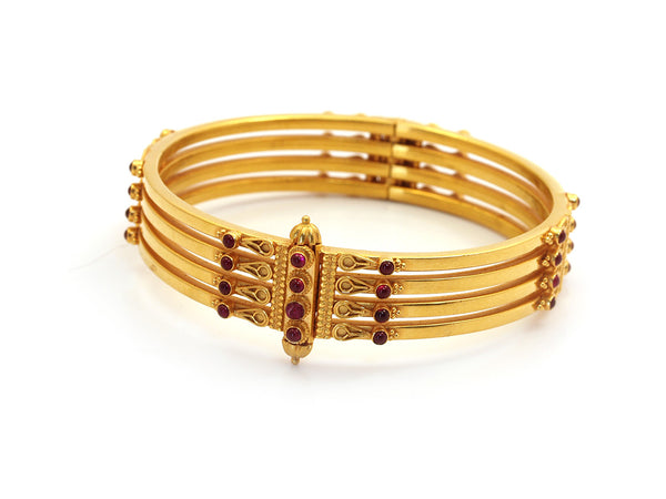 33.40g 22kt Gold Antique Bangle Set -