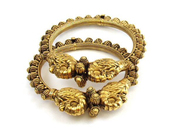 59.86g 22kt Gold Antique Bangle Set - 163