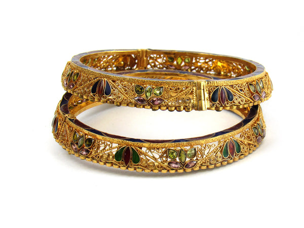 58.80g 22Kt Gold Antique Bangle Set - 205