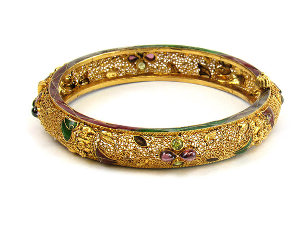 30.40g 22Kt Gold Antique Bangle Set - 216