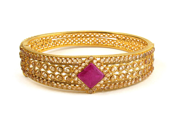 28.60g 22Kt Gold Antique Bangle Set - 218