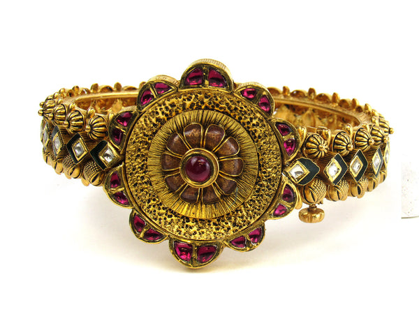 49.40g 22Kt Gold Antique Bangle Set - 227