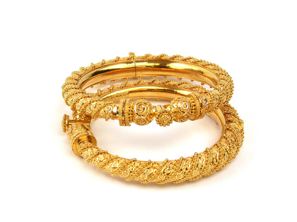 84.75g 22Kt Gold Pipe Bangle Set - 200