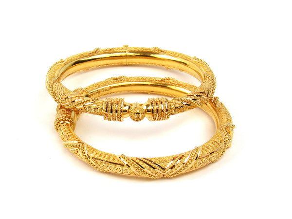 57.00g 22Kt Gold Pipe Bangle Set - 207