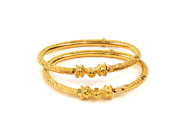 27.60g 22Kt Gold Pipe Bangle Set - 213