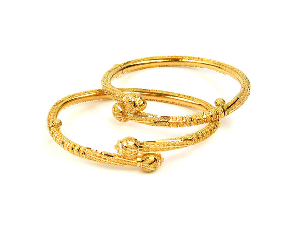 29.60g 22Kt Gold Pipe Bangle Set - 215