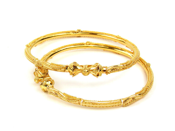 25.50g 22Kt Gold Pipe Bangle Set - 223