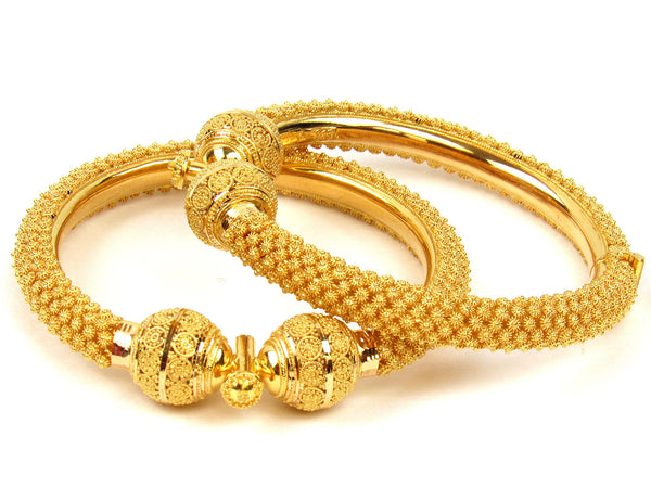 76.35g 22Kt Gold Pipe Bangle Set (Sz: 5) - 230