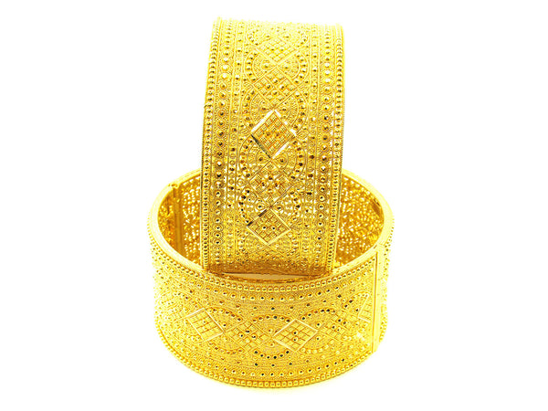 87.85g 22Kt Gold Yellow Bangle Set - 158