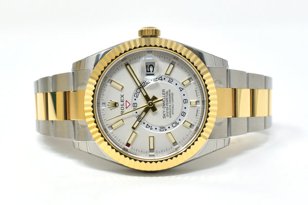 Rolex Sky-Dweller 42mm White Dial - Fluted Bidirectional