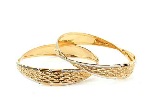50.21g 22Kt Gold Lazer Bangle Set (Sz: 6)
