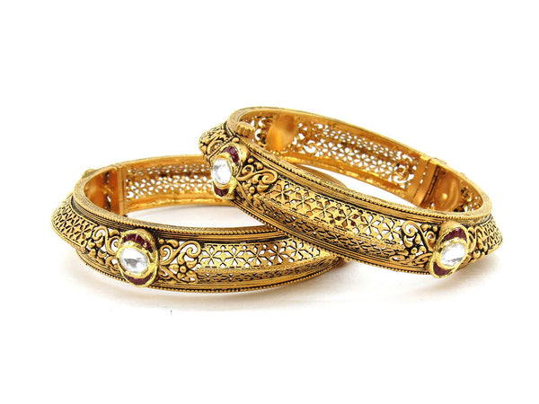 62.50g 22Kt Gold Antique Bangle Set (Sz: 5)