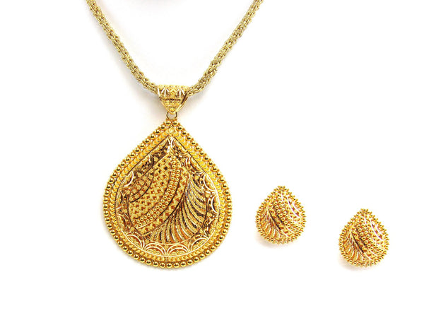 37.90g 22Kt Gold Yellow Pendant Set
