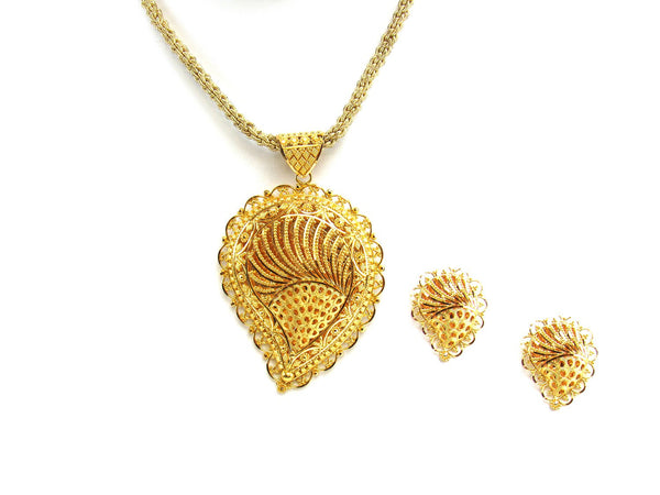 31.40g 22Kt Gold Yellow Pendant Set