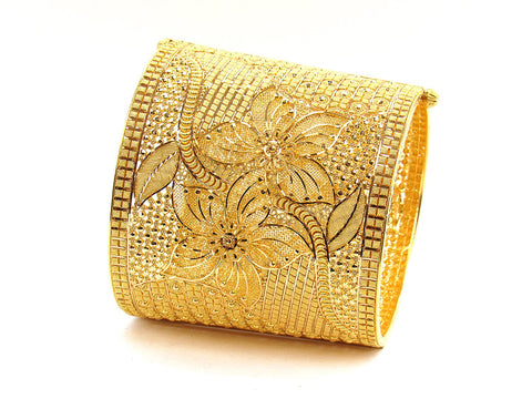 109.90g 22Kt Gold Yellow Bangle Set (Sz: 5)