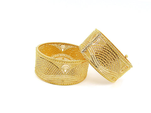 108.10g 22Kt Gold Yellow Bangle Set (Sz: 5)