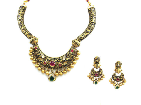 82.65g 22Kt Gold Antique Necklace Set India Jewellery